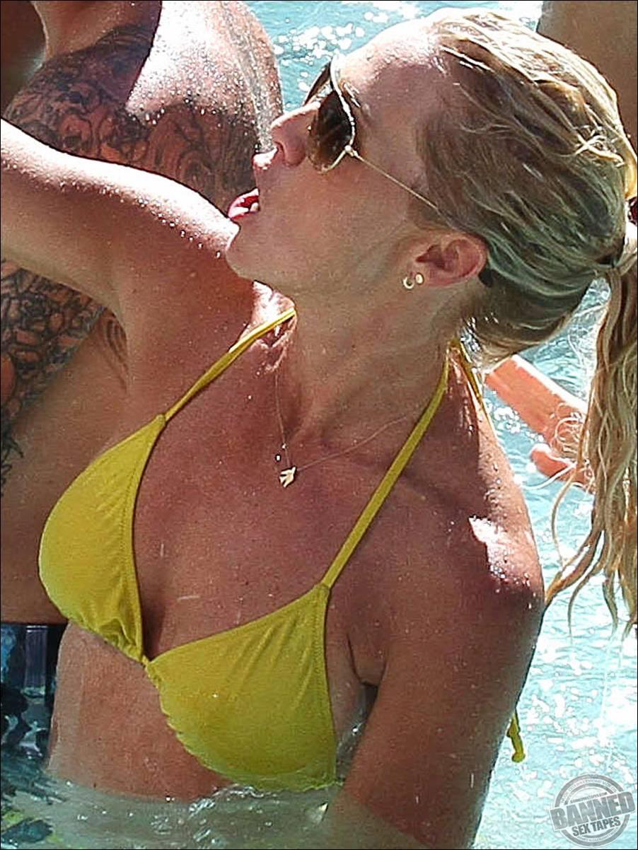 jennie garth sex video