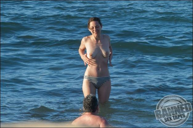 WORLDS BIGGEST AND BEST RATED CELEBRITY MEGASITE! - JOIN TODAY!: www.famous-people-nude.com/bannedtapes/marion-cotillard/6417985.html