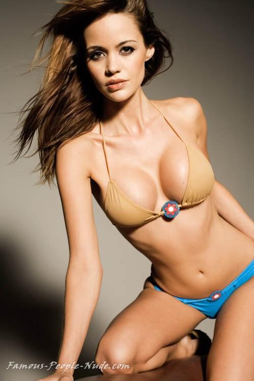 Www famous people nude com photos 56