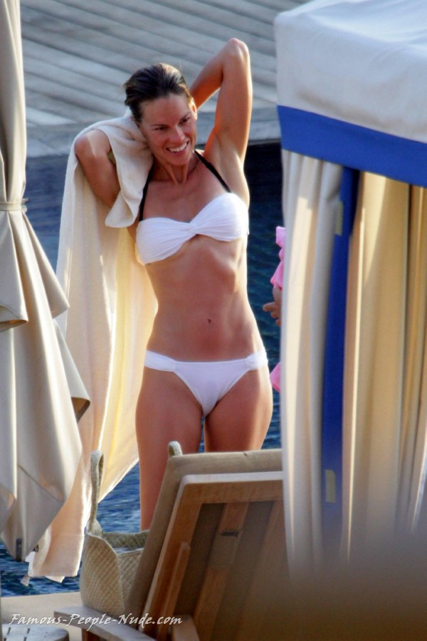 Check out these hot pictures of Hilary Swank and surf our free tour ...