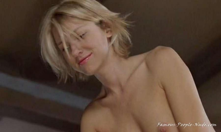 Naomi Watts est frontalement nue dans: Ces actrices