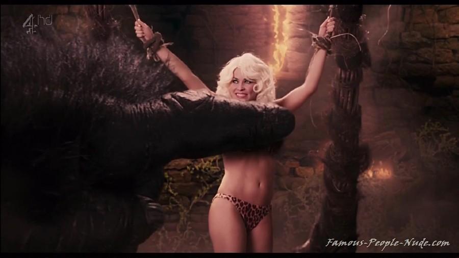 Carmen Electra Nude Photo Gallery 94