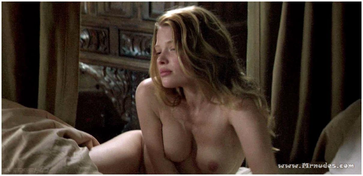 melanie thierry nude