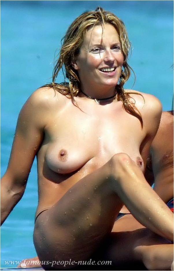 Penny Lancaster Naked