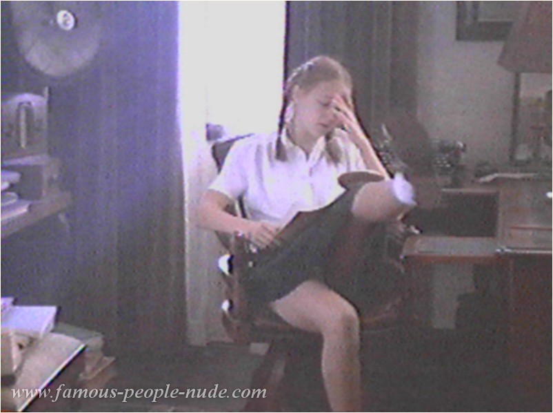 Dominique swain sex scene