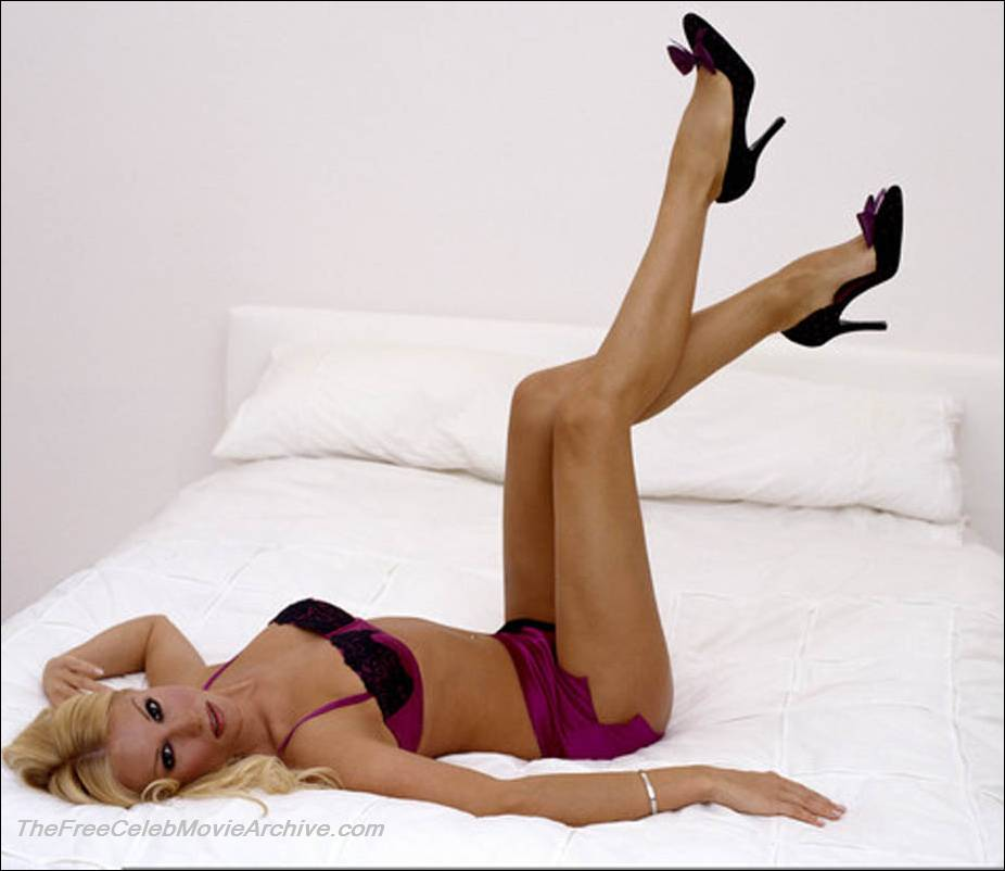 Denise Van Outen Nude 33